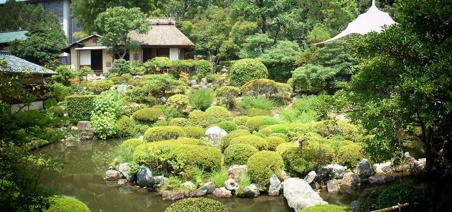 等持院 庭園と清漣亭