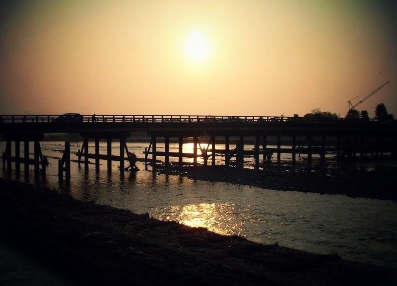 朝焼けの渡月橋