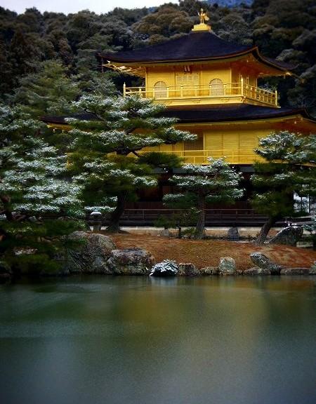 金閣寺 うっすら雪景色