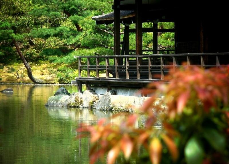 金閣寺 鏡湖池のほとり