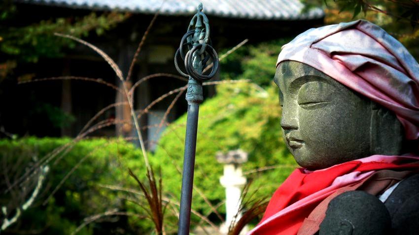 長岳寺 境内の石仏